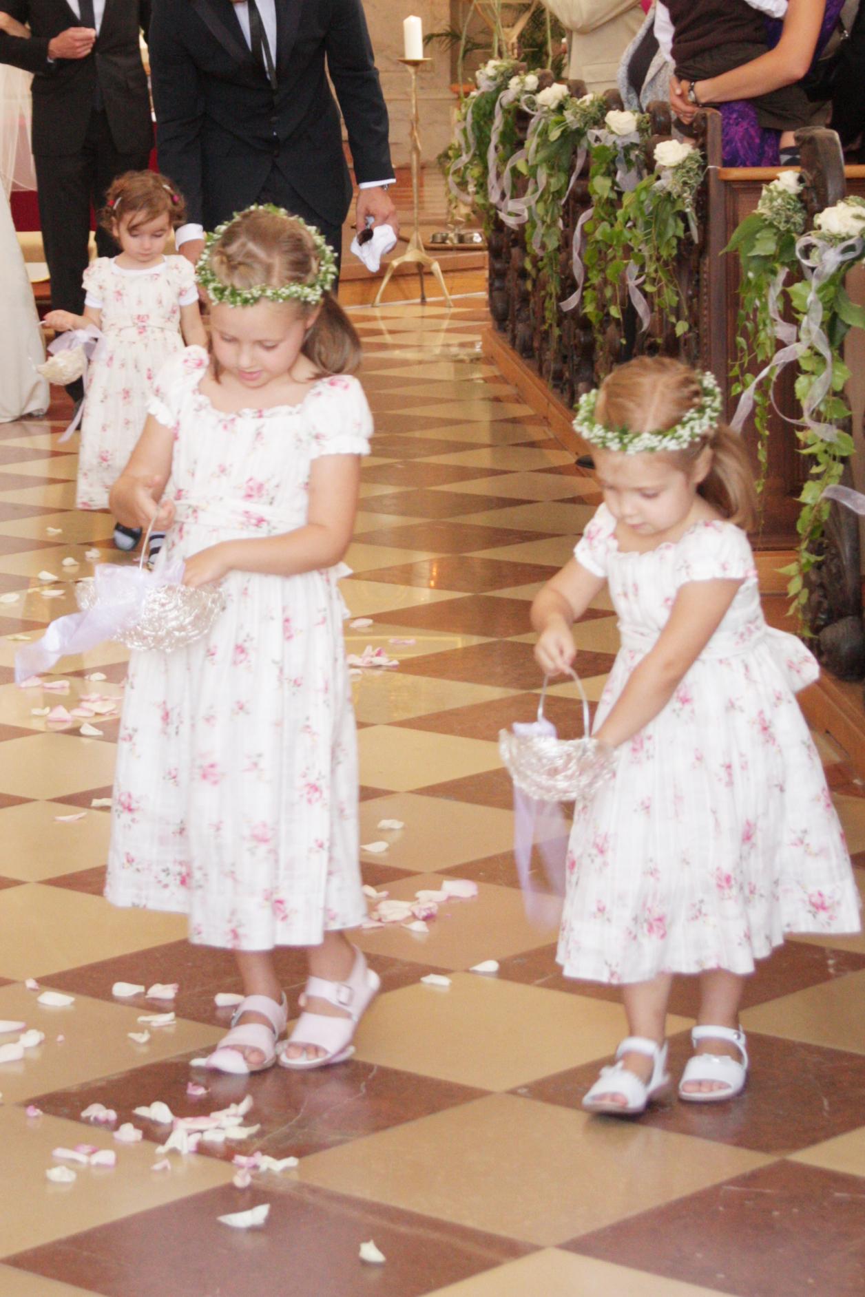 Foto Kinder in der Kirche
